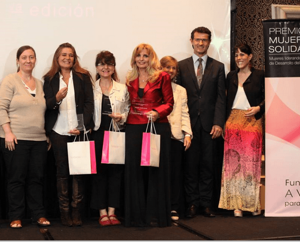 Fundación AVON entrega el Premio Mujeres Solidarias